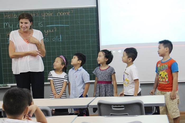 Trung tâm tiếng Anh Tân Việt Mỹ
